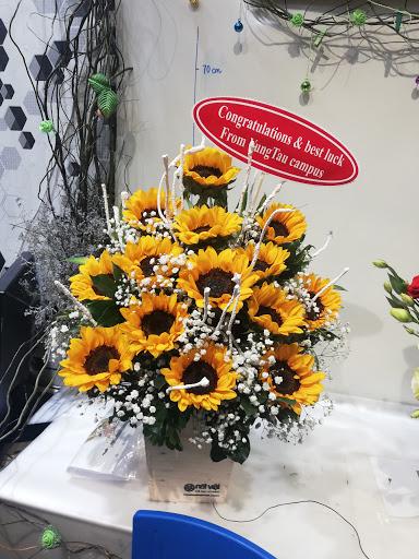 Shop hoa tuoi hoang mai ha noi